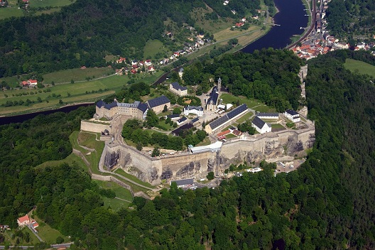 Festung Königstein Mietwagen