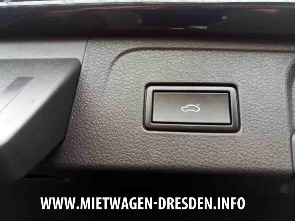 Elektrische Heckklappe bei Mietwagen VW Passat Variant